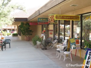 Shops in Borrego Springs