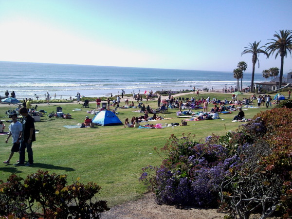 http://tourguidetim.com/wp-content/uploads/san-diego-pictures/north-county-coastal/delmar-beach.jpg